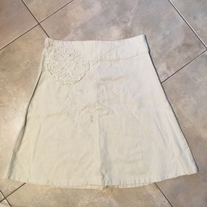 Dresses & Skirts - Lightweight linen and rayon mix embroidered skirt